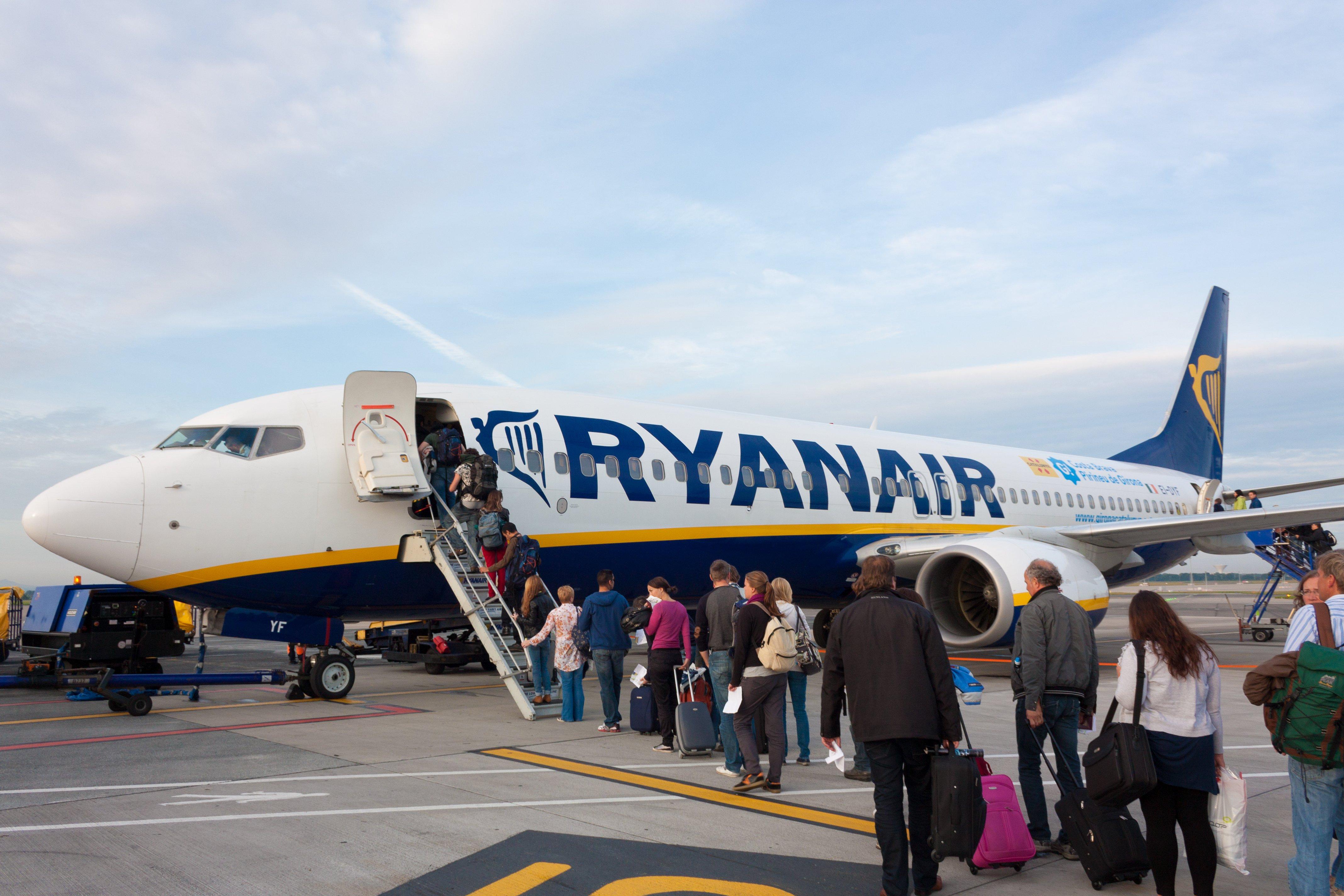 Rivoluzione bagagli a mano sui voli ryanair da oggi - Easyjet cosa si puo portare in aereo ...